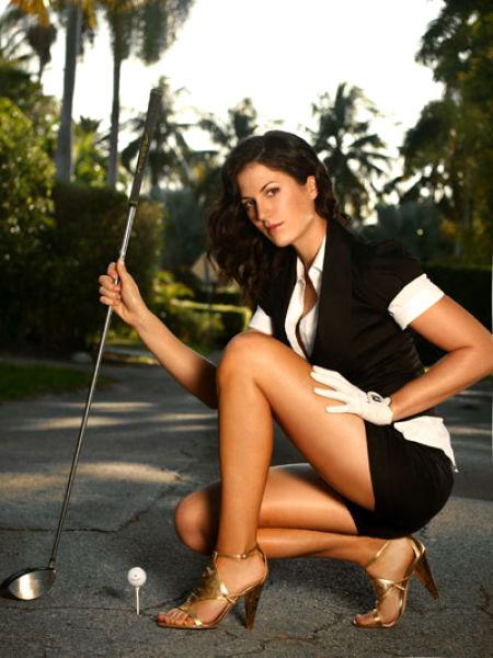 Sexy girl playing golf
